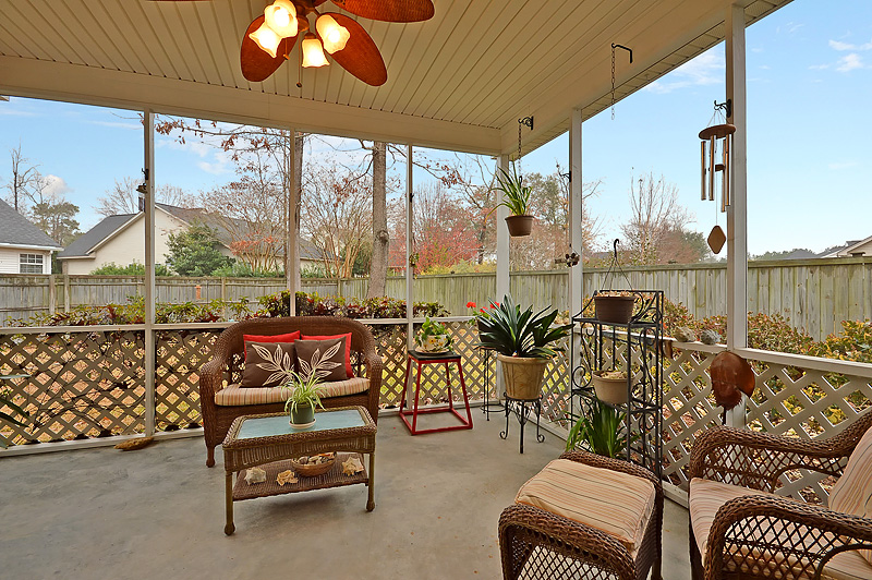 112 Chedburg - Screened Porch